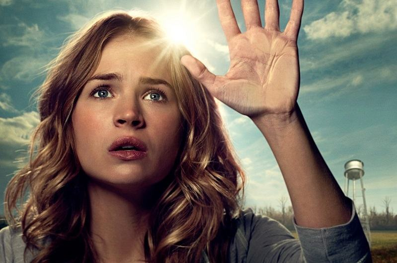 Under the Dome Britt Robertson